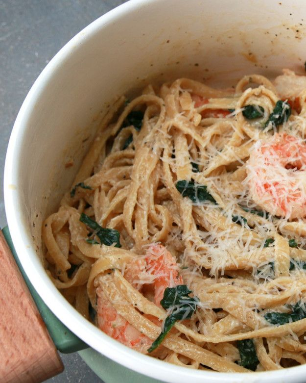 Creamy One-Pot Spinach Shrimp Pasta // like my dad's butter spaghetti. just add mushrooms and a tub of margarine.. NOT!