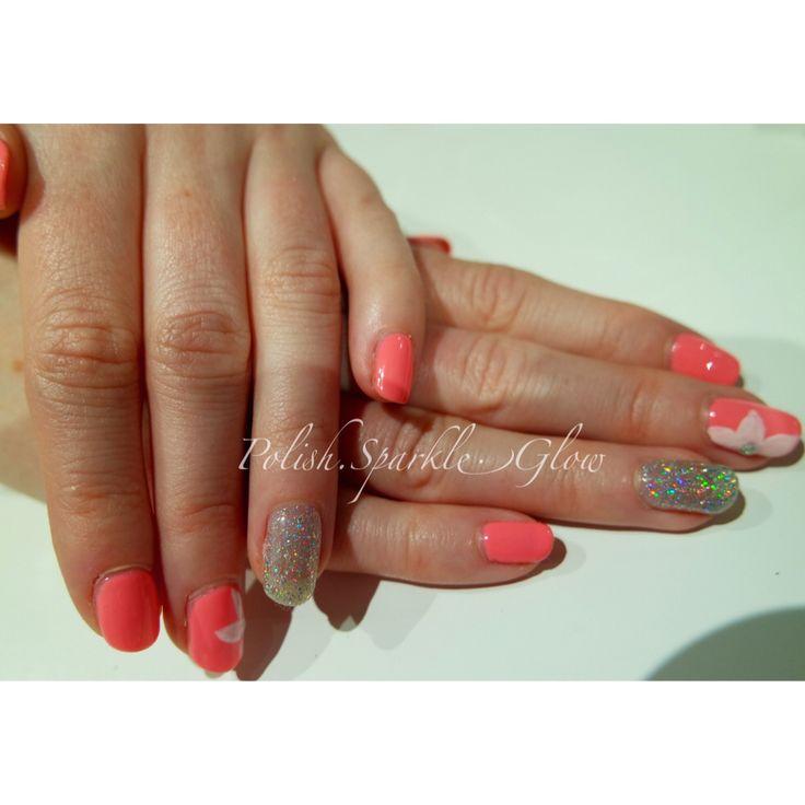 Holiday nails :) #neon #summernails #floralnails