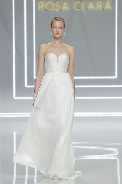 Vestidos de novia escote corazón 2017: 30 magníficos diseños que te harán soñar Image: 28