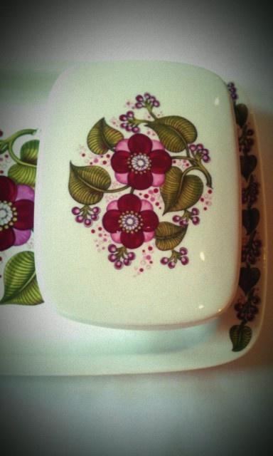 Rebecca pattern by Figgjo