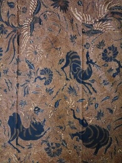 Vintage Batik sogan solo central java 1940-1950,forest animal or alas utan,beauty of wild life in hand write batik.