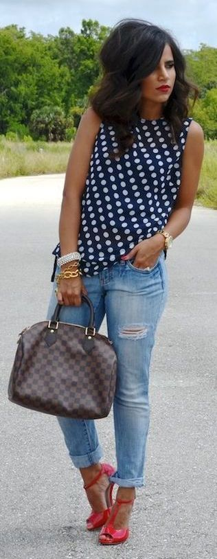 *would love a loose fitting navy/white polka dot top*