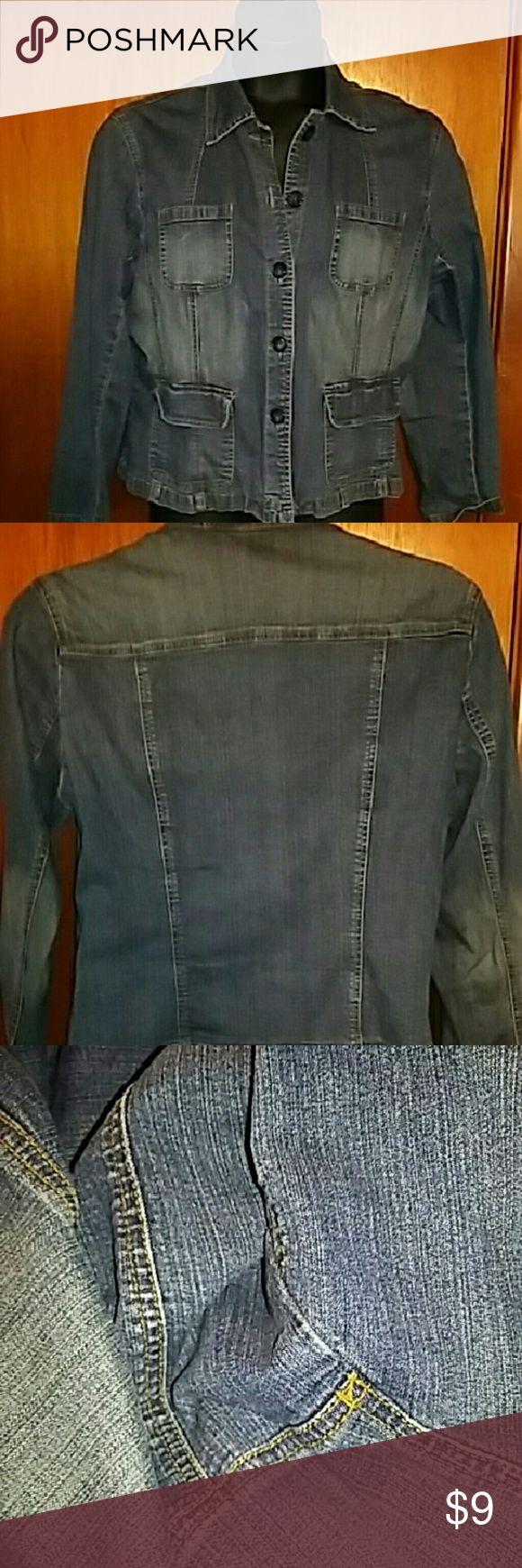 St John's stretch jean jacket.size xl St John's jean stretch jacket. Good condition St. John's Bay Jackets & Coats Jean Jackets