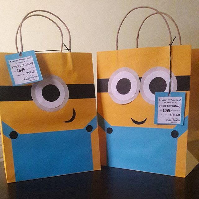 Called Gru and borrowed his #minions for a bit! Will be sharing the steps on how to create minion bags soon on our blog www.altanuzeta.wordpress.com #lootbags #favorbags #party #birthday #diy #diyblogger #artblog #doityourself #paperbag #turns1 #despicableme #minionparty #follow4follow #follow #f4f #artsandcrafts #art