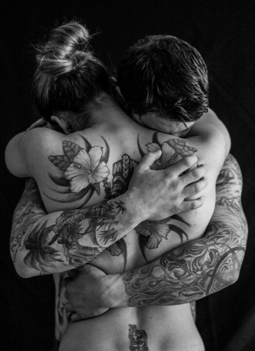 naked-couples-tattooed