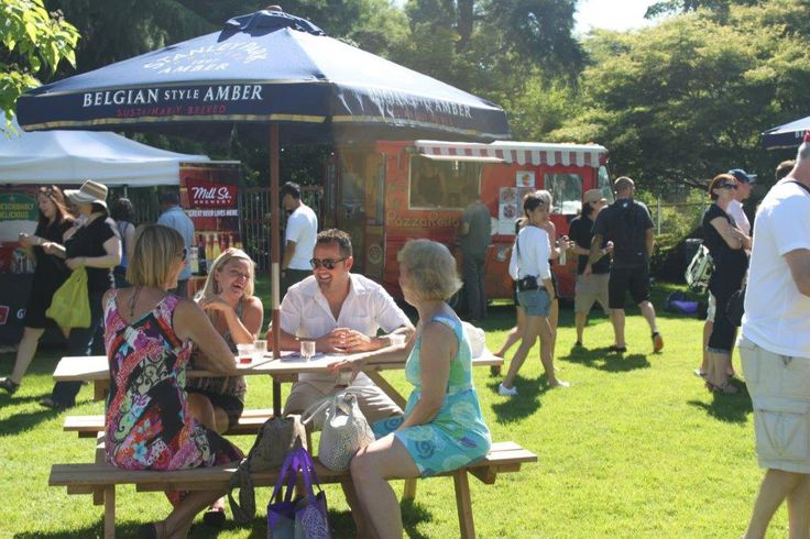 EPIC visitors relished in the Sip & Savour Garden with sunshine, booze, and good company!