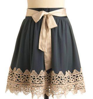 this is a really pretty skirt that looks fairly easy to make