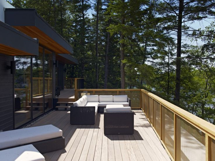 Altius Architecture Inc : Lake Joseph Cottage - deck. www.altius.net
