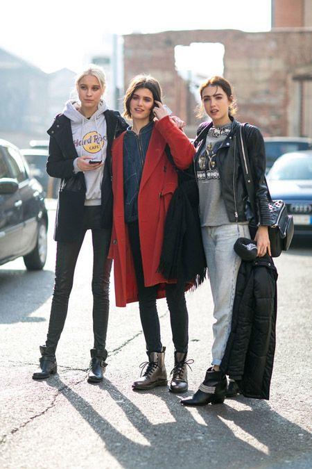Три девушки на улицах Милана в уличных образах