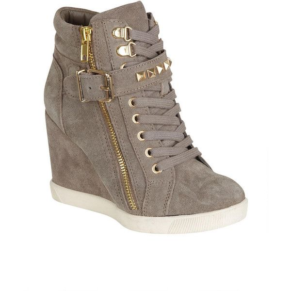 Steve Madden Obsess Sneaker Wedge (10080 RSD) ❤ liked on Polyvore featuring shoes, sneakers, sapatos, wedge trainers, steve madden sneakers, steve madden, wedge heel shoes and steve-madden shoes