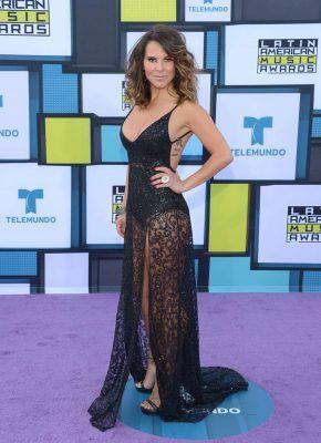 Por este vestido se enojó el papá de Kate Del Castillo
