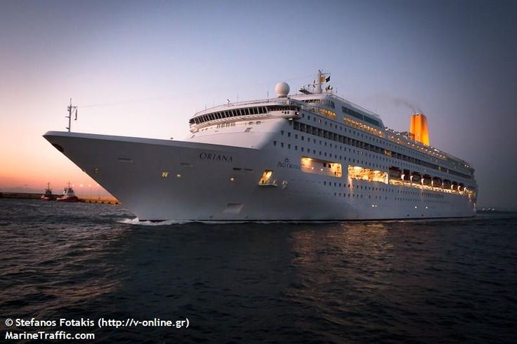 Το Oriana καταπλέει στον Πειραιά. 10/11/2012.