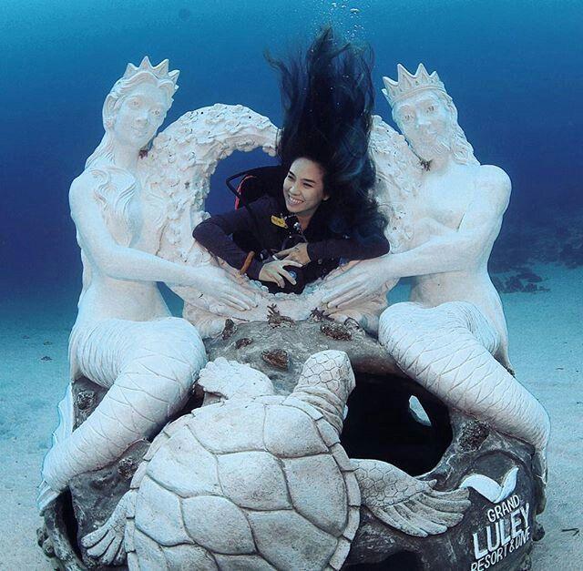 Mermaids Sinking Ceremony