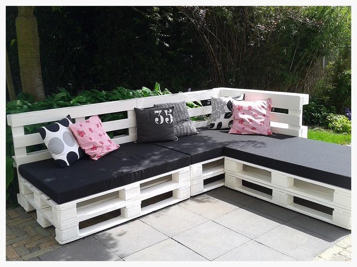 diy our lounge sofa made of pallets garten pinterest europaletten m bel europalette und. Black Bedroom Furniture Sets. Home Design Ideas