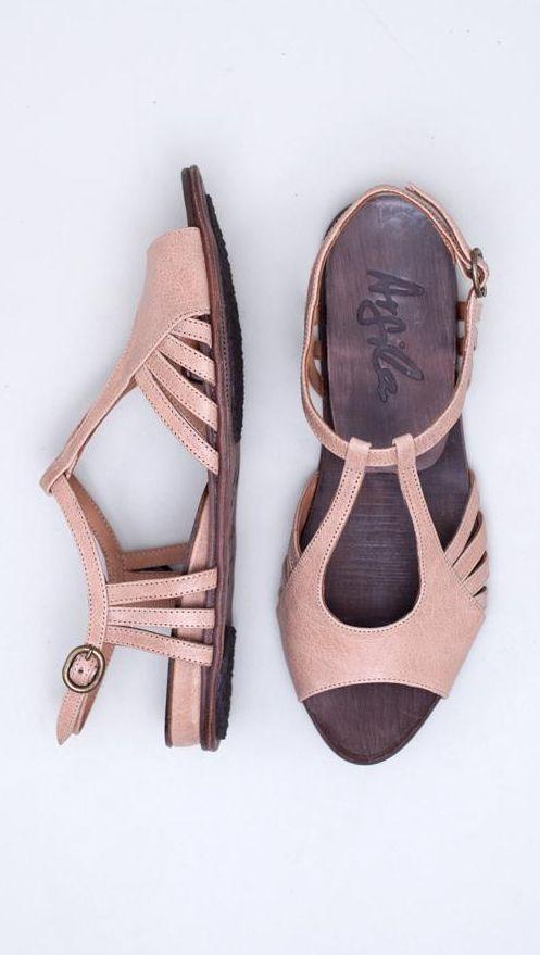 Argila Sandals