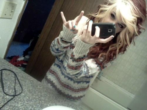 loveee her hair!