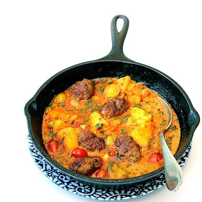 Pacri Nenas. Indonesian Pineapple Curry With Ground Beef Kofta.   ~Elra's Cooking~