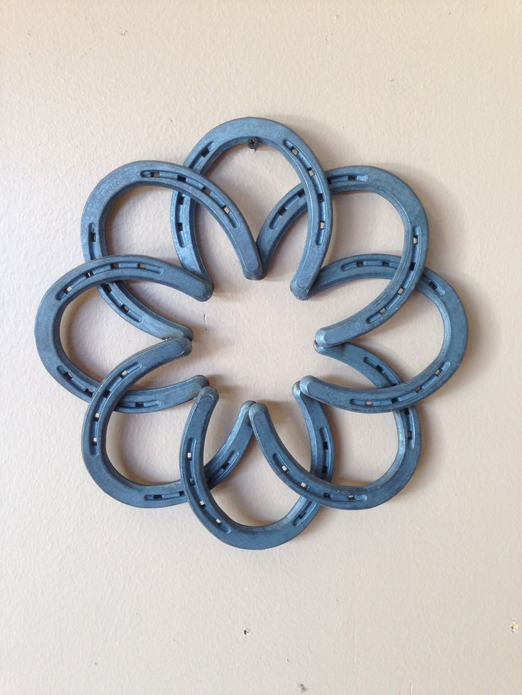"Horseshoe flower star wall hanger 12"" x 12"" $40"