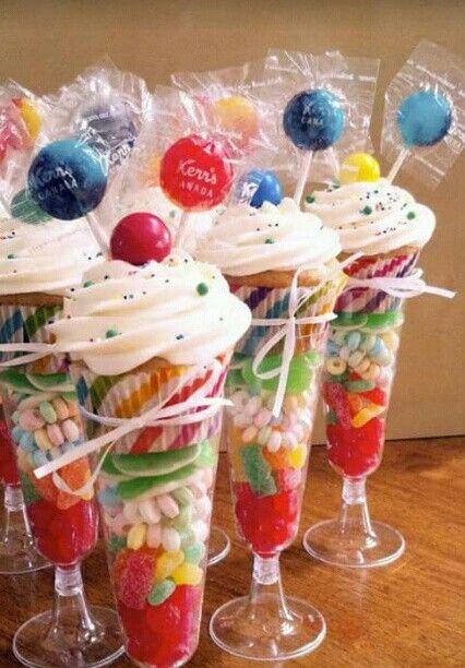 Las 25 mejores ideas sobre dulces diecis is en pinterest - Como decorar botes de cristal para chuches ...