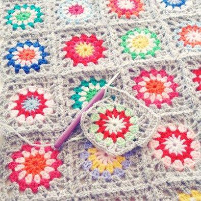 flower power deken, lees meer over het patroon op haakinformatie