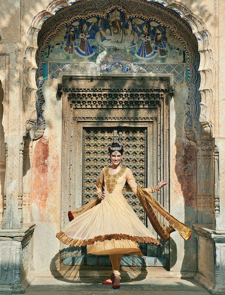Zari Jaipur- simple but fancy
