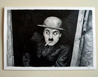 Ritratto di Charlie Chaplin tratto da una scena del film Charlot Soldato. Matita su foglio 33x48. Spedisco in tutta italia con tubo per disegni.  Vendo originale, non stampa! :)