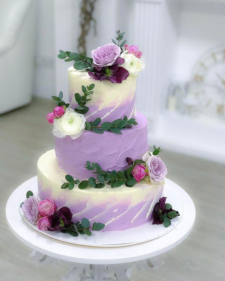 Более лучших идей на тему Кремовые свадебные торты на  Выпечка Сборка Укрепление Украшение Все нюансы по доставке и хранению Выбор начинок и необходимый вес Вообщем всё всё всё чтоб делать свадебные торты