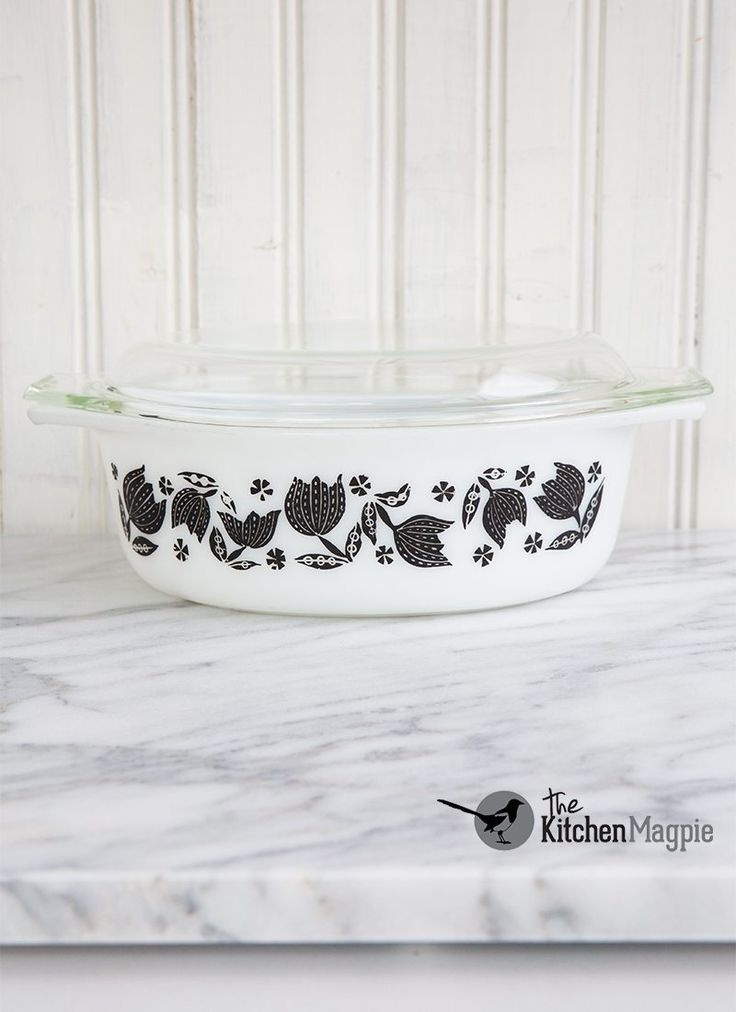 Gorgeous Pyrex Black Tulip Casserole From 1957 Came With A Cradle White Plastic Handles