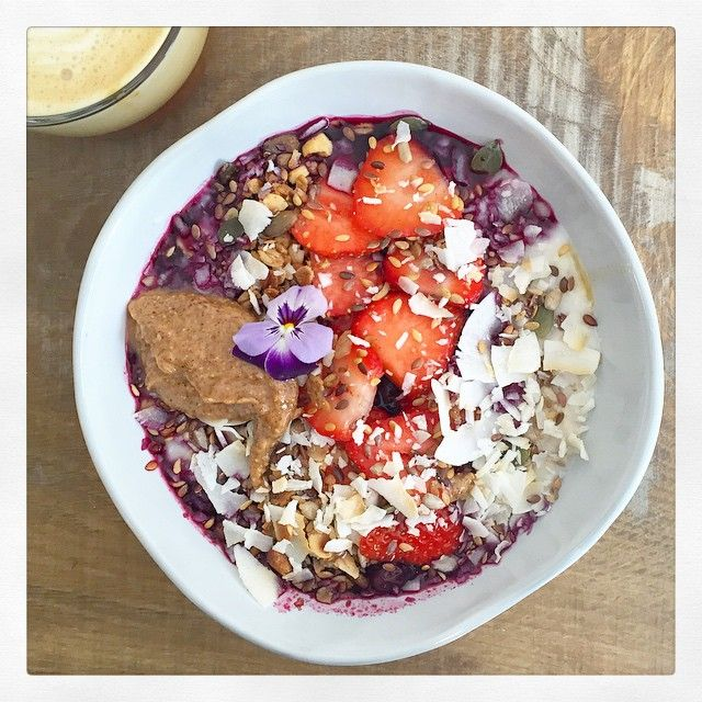 The most beautiful @26grains breakfast this morning ❤️ Coconut porridge with blueberry compote, almond butter and granola and an almond milk latte, which is my new favourite thing - never realised I liked coffee before!