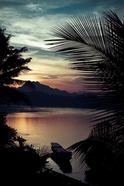 """Mekong River Sunset"" (Luang Prabang, Laos) by theGentleman on flickr"