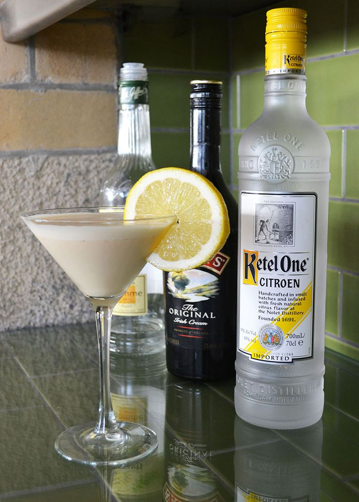Lemon Meringue Martini   Watergate Bay Hotel, Cornwall #fillyourstocking