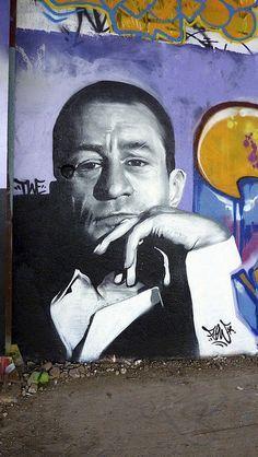 Street Art 360° @StreetArtEyes1 20m20 minutes ago  street art tribute to Robert de Niro #streetart