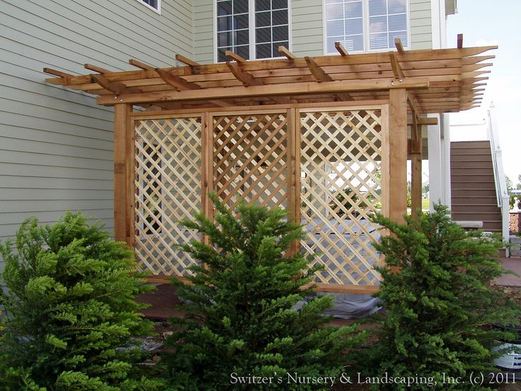 7 best images about front porch ideas on pinterest hot for Lattice for privacy on patio