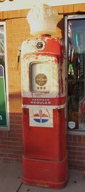 1950's Wayne Model 80 Gas Pump with Standard Oil Crown Globe