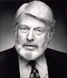 THEODORE BIKEL= d. July 21, 2015= b. May 2, 1924= age91= Cause: natural causes= Austrian-born character actor and Jewish folk singer. = Roles: African Queen, Columbo, Enemy Below