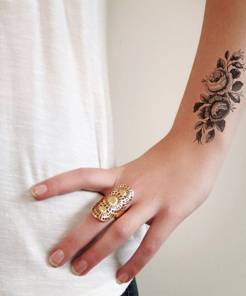 So Cute Vintage Flower Tattoo Designs for Girls