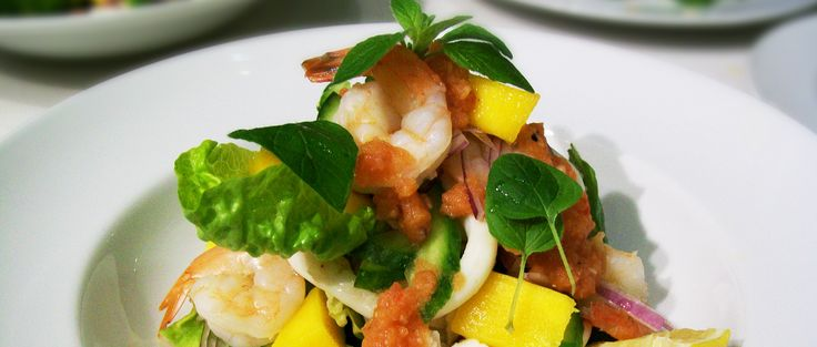 Poached Prawn Salad with fresh Mango, Green melon and Lime Dressing