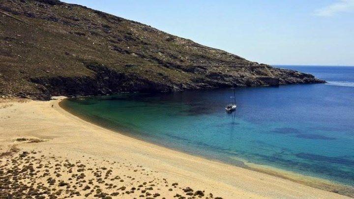 Telegraph: Οι 10 καλύτεροι προορισμοί για διακοπές στην Ελλάδα