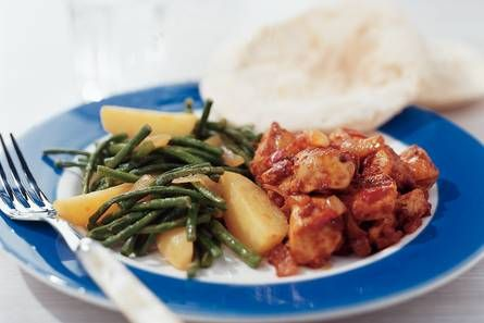Roti with curry chicken and green beans