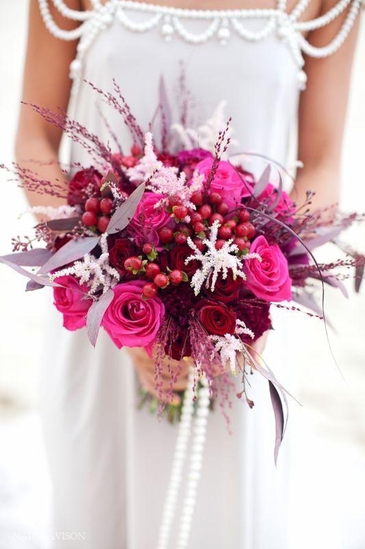 Букет невесты с малиной, живые цветы донецк