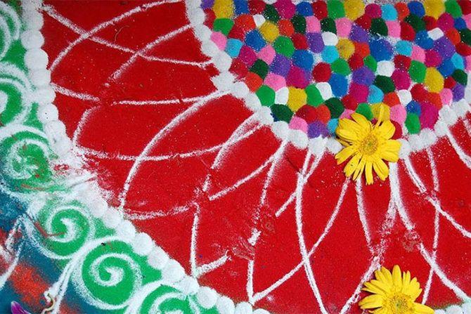 [Imagen] | El arte india hermosa y antigua de Rangoli - Timewheel