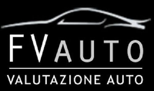 """http://www.fvauto.it VETTURA IN OTTIME CONDIZIONI! TAGLIANDO E CINGHIA EFFETTUATI GOMME INVERNALI 90% 2 PROPRIETARI NON FUMATORE GARANZIA DI 12 MESI VALIDA IN TUTTA EUROPA Dotazione della vettura  Clima automatico bi-zona  Cerchi lega 17""""  Fendinebbia  Specchietti retrovisori elettrici e sbrinabili  Radio controllo vocale e bluetooth  Comandi radio al volante  4 Vetri elettrici  Doppie chiavi presenti    Per maggiori info:  Ufficio 0141/476821 Valerio  WhatsApp 3466756783…"""