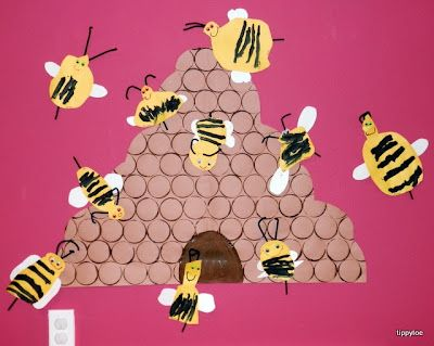 Tippytoe Crafts: bees - Great bulletin board idea for kindergarten