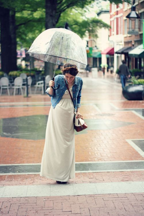 Rainy days call for cute outfits! Makes life lovelier. ;-)