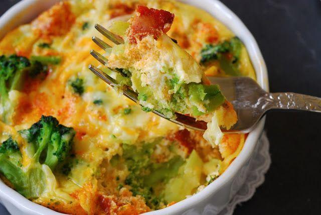 Cazuelitas de brócoli con chorizo.   Cuchillito y Tenedor