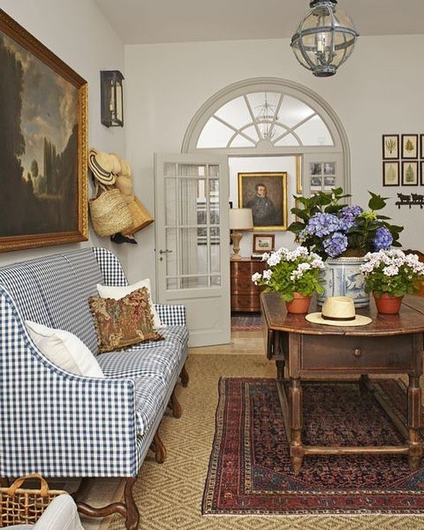 30 Elegant French Country Cottage Decoration Ideas French