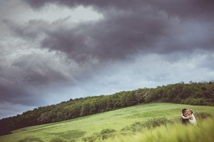 #Creative #photo #session #wedding #photography #natural #environment #minimal #bride and #groom #storm
