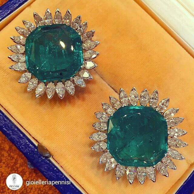 @gioielleriapennisi A pair of platinum and diamond earrings with two magnificent emeralds weighting 34 carats c.a Chantecler 1960 c.a.