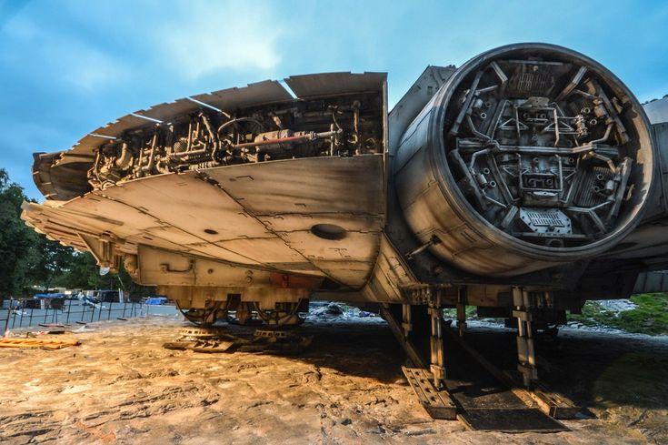 Star Wars 8: Quelques photos du Faucon Millenium à Longcross | Star Wars HoloNet