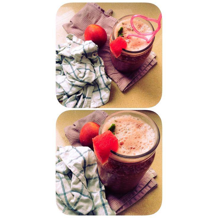 C O M E S A N O | Saborea este refrescante batido de Sandía + nectarina + menta fresca
